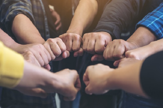 3 Ways to Organize a Successful Volunteer Group